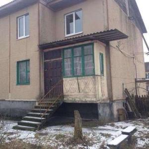 3-х комнатный большой дом находится в деревне Столовичи