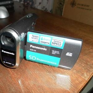 Продам видеокамеру Panasonic SDR-S9